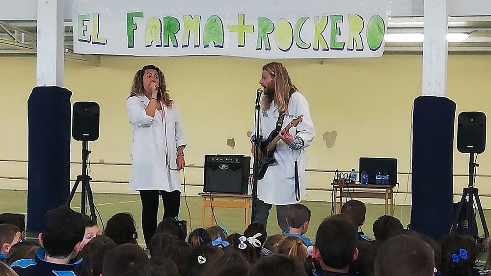 Disfrutamos del concierto solidario del Farmarockero